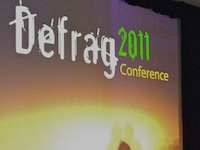 Robert Stephens Rocks the #DefragCon Crowd
